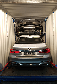 3 BMW 7-series LWB loaded in a container using R-RAKs and a DL-RAK
